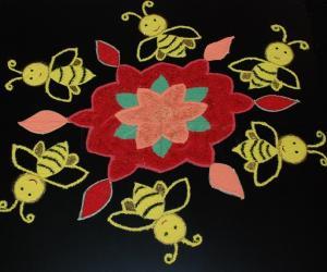 Rangoli: Bumble Bee Kolam