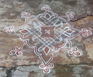 Dotted Rangoli