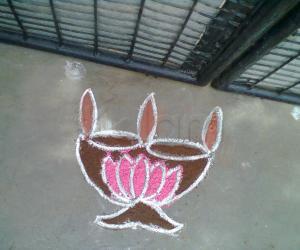 Rangoli: Diya Kolam