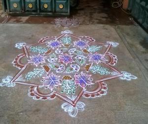 Rangoli: Tulsi pooja rangoli