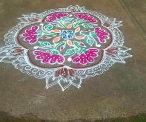 Rangoli: Welcome Marghali- kolam day 1