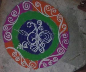Rangoli: Freehand Peacock Rangoli