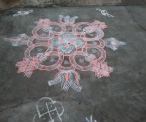 Rangoli: Swastik Rangoli