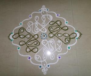 Rangoli: CHIKKU DESIGN