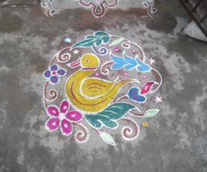 A small duck kolam.