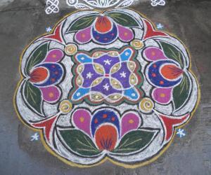 Rangoli: Rev's Vinayagar chadurthi rangoli.