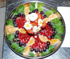 ARATHI PLATE MADE WITH FRUITS.