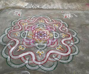 Rangoli: Thai Friday kolam