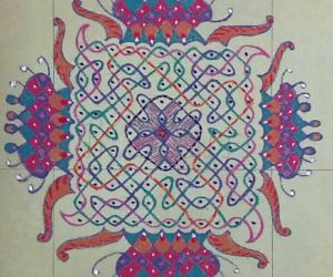 Chikku Kolam with 11-11 straight dots with freehand extension