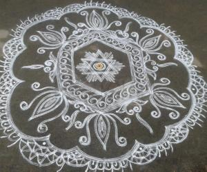 DD MOTHERS DAY WHITE KOLAM