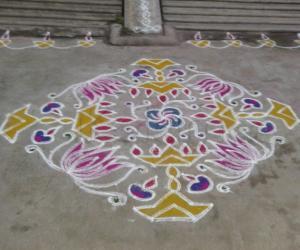Rangoli: 5th akshaya tirithia kolam