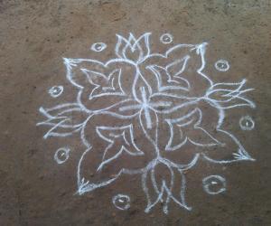 Rangoli: Simple Pookolam