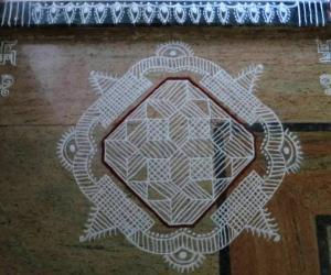 Rangoli: Free Hand Design-Floor version