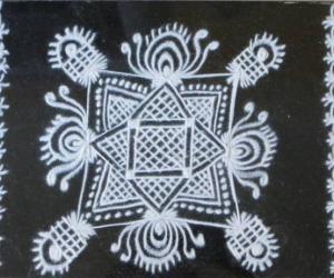 Rangoli: White Kolam
