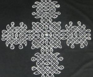 Chikku Kolam-Black and white