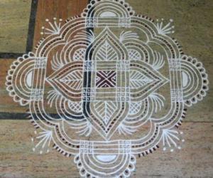 Rangoli: Padikolam for friday