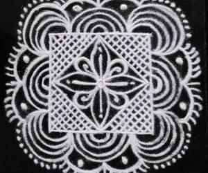 Rangoli: Freehand kolam black and white