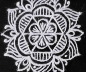 Rangoli: Freehand black and white