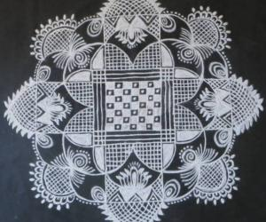 Rangoli: Navarathri Specials- Kolam 5