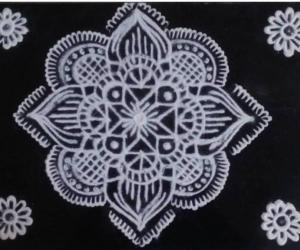 Rangoli: A simple kolam
