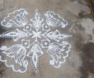 Rangoli: Karthigai special white beauty