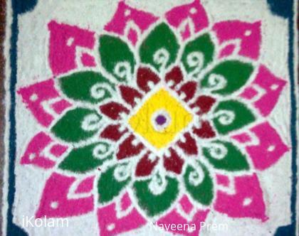 Rangoli: Holi Flower