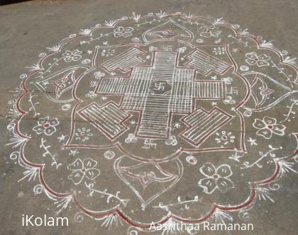 Rangoli: Padi kolam at main vaasal