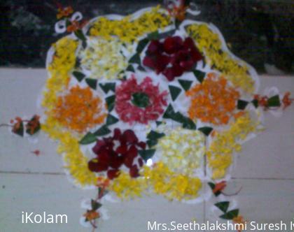 Rangoli: Onam Pookolam
