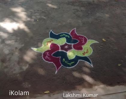 Rangoli: Colourful Marghali Day1
