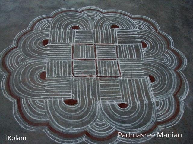 Rangoli: Aadi perukku kolam