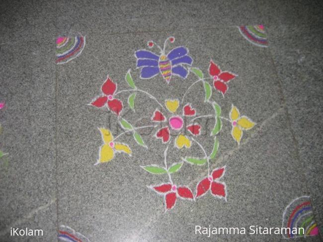Rangoli: Kaattu poo/ three petal flower.