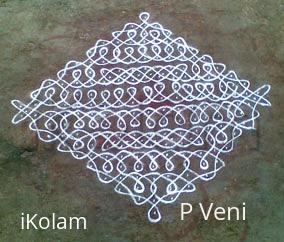 Rangoli: Sikku Kolam -15