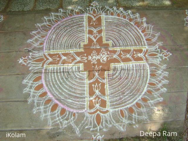 Rangoli: Vaikundha ekadasi kolam