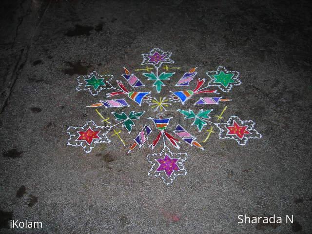Rangoli: Dotted christmas kolam