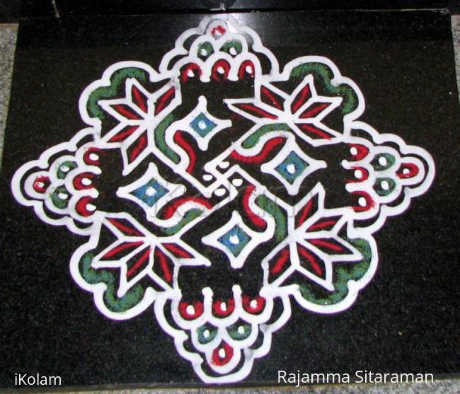 Rangoli: 10 x 10 dotted rangoli