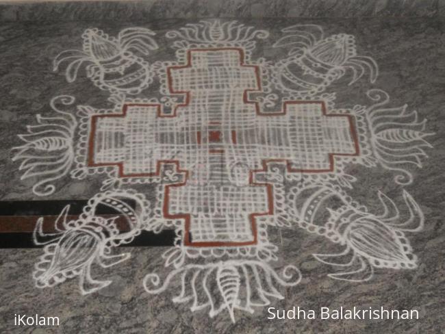 Rangoli: padikolam with kalash