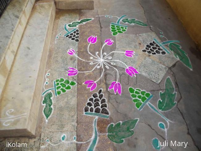 Rangoli: free hand kolam 3