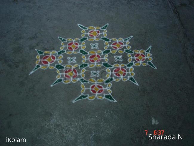 Rangoli: Dotted chikku kolam