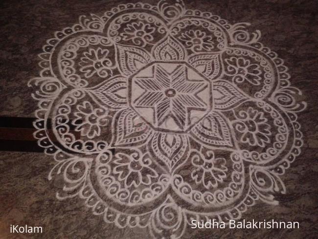 Rangoli: Flower design