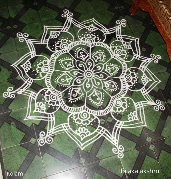 Rangoli: Krishnajayanthi Maakolam