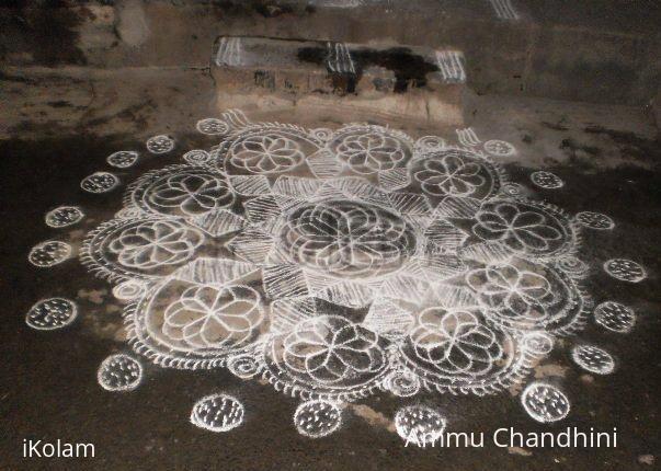 Rangoli: Temple kolam