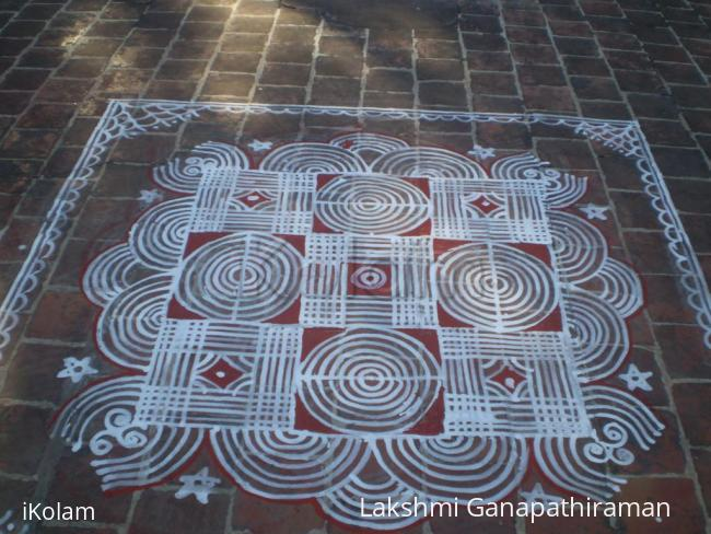 Rangoli: Lines and Circles