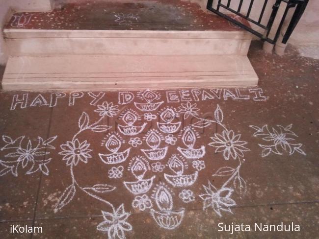 Rangoli: Diwali diyas