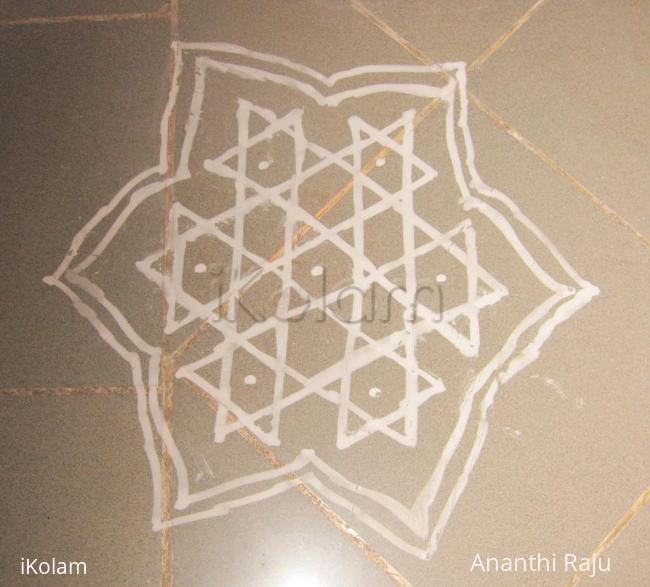 Rangoli: Multistar kolam