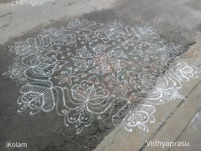 Rangoli: Dotted rangoli of my friend
