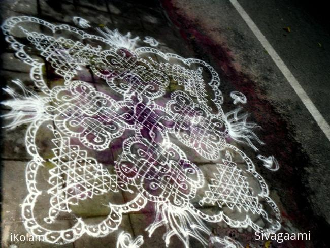 Rangoli: my favourite sikku kolam by me last week