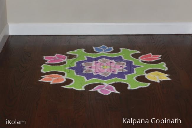 Rangoli: Simple Lotus Kolam