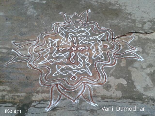 Rangoli: chikku Kolam