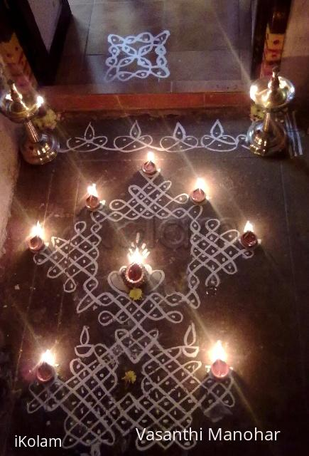 Rangoli: Chikku Kolam - Karthigai deepam