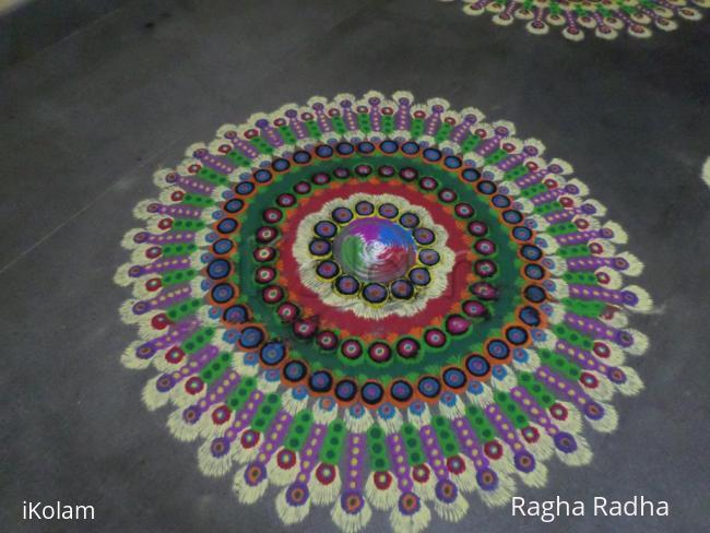 Rangoli: Colorfull Rangoli.